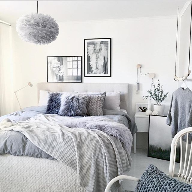 Late night bedroom inspo courtesy of @mz.interior. 😍😍😍 Have we mentioned that these stunning GREY @vitacopenhagen Eos feather pendants are arriving any day now...? 🙊 #soexcited #sweetdreams