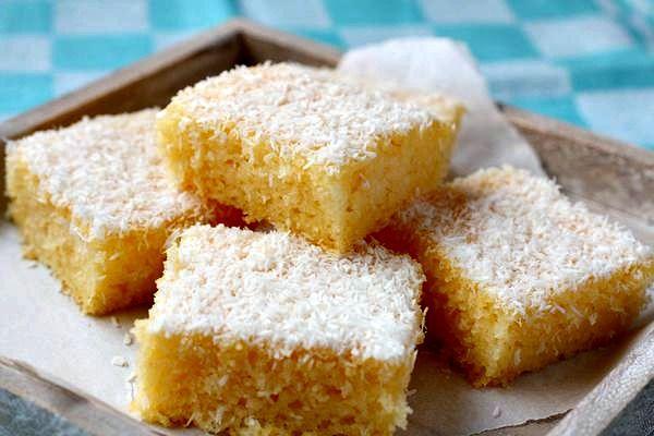 Σπιτικό κέικ βανίλια, καρύδα με ελαιόλαδο !!! ~ ΜΑΓΕΙΡΙΚΗ ΚΑΙ ΣΥΝΤΑΓΕΣ