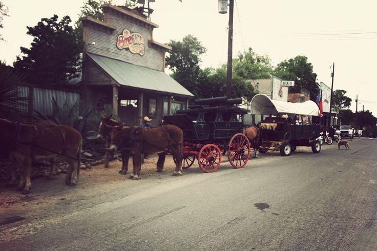 11TH STREET COWBOY BAR BANDERA, TEXAS