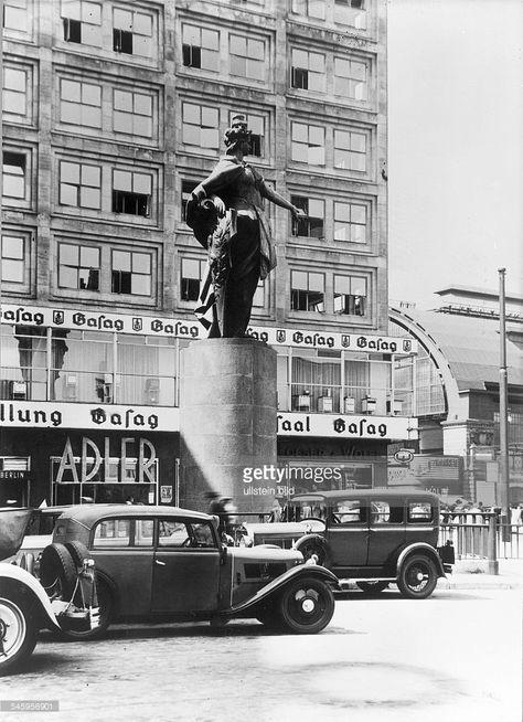 Die Berolina am Alexanderplatz