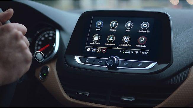 Onix Plus Premier 2020 Sedan Com Wi Fi Chevrolet Brasil Carros Sedan Wi Fi Rodas De Liga Leve
