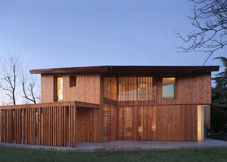 Arbau Studio: Ghaus, casa in legno a Spresiano (TV)