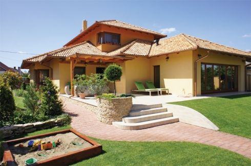 Ház, amely körülölel - Mediterrán passzívház az Alföld peremén - A Mi Otthonunk