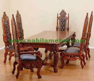 Meja Makan Raja produk mebel jepara terbaru dengan bahan baku kayu jati dapat kami produksi sesuai dengan keinginan anda.