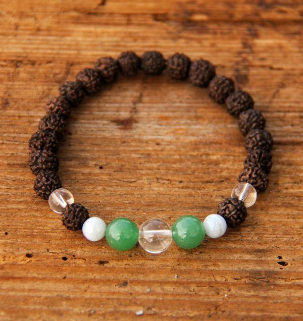 Náramky   rudraksha náramky   Rudraksha náramek s křišťálem, chalcedonem a zeleným avanturínem   Pachamama - šperky a doplňky
