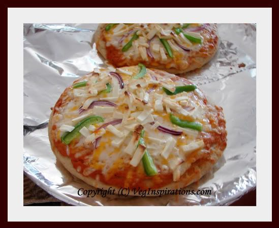 38 best indian fusion dishes images on pinterest fusion food pizza with indian flavors tandoori paneer pizza forumfinder Images