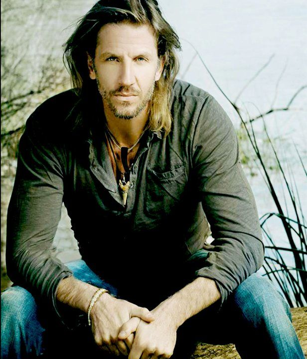 Facundo Arana (March 31,1972) Argentinian actor.