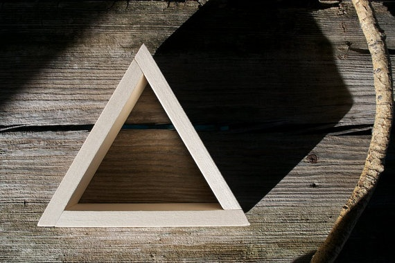 baby triangle shelves
