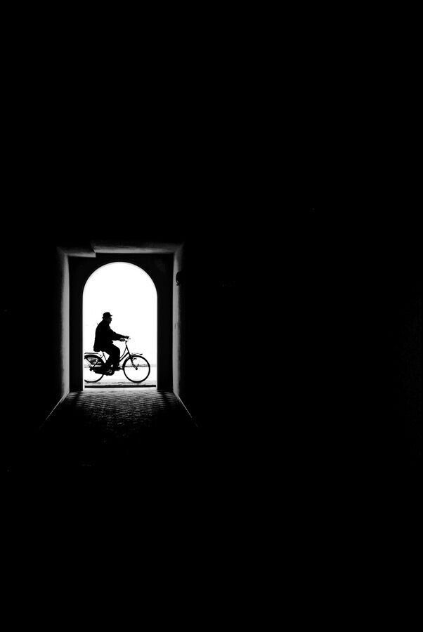 This is a photo that inspires me because i love how the shadow perfectly frames the bicycle rider!! Im really bad at framing so this gives me an idea
