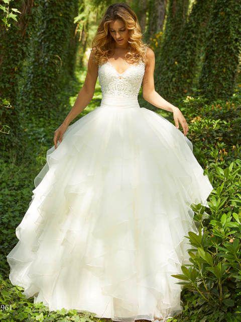 Brautkleid Prinzessin: Atemberaubend schlicht bis glamourös