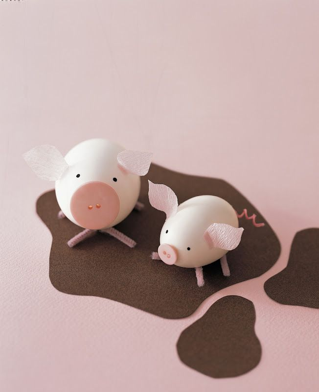 Egg Pigs: Did you know you can use hollowed-out eggshells and a few crafts supplies to make a barnyard full of pigs, cows, and chickens?