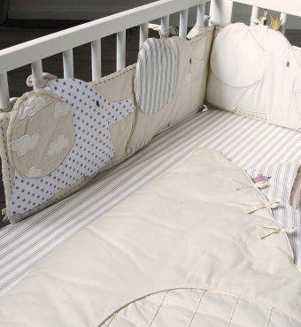 tour de lit écru et chocolat motif éléphants pour lit bébé 60 x120 ou 70x140 cms