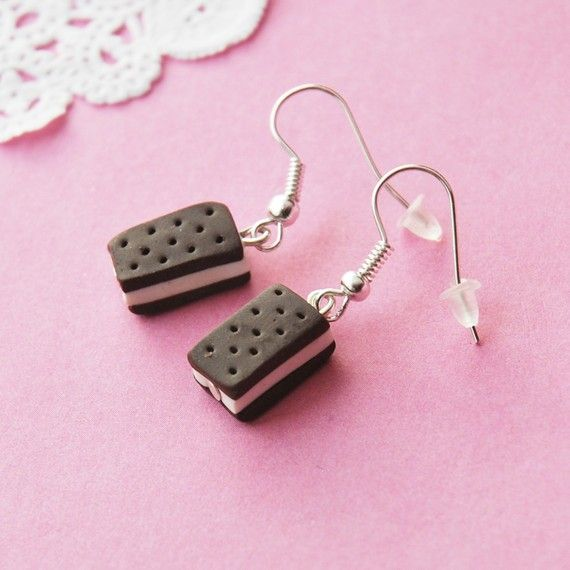 Ice Cream Sandwiches!Favorite Things, Sandwiches Earrings, Clothing, Ice Cream Sandwiches, Boxes, Clay Food, Clay Creations, Accessories, Icecream Sandwiches