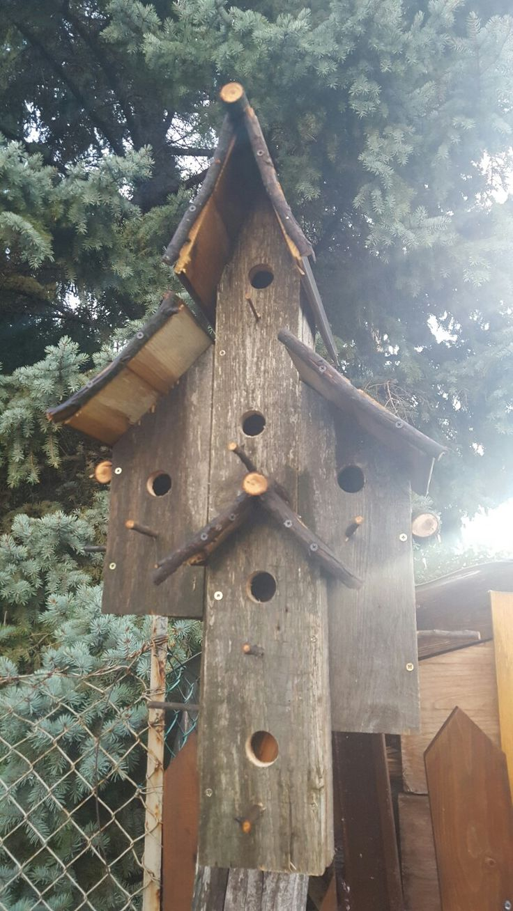 Palett bird house