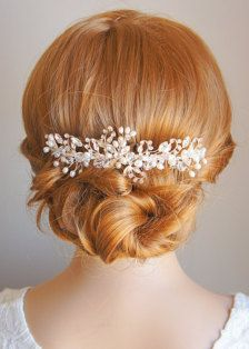 Bridal Hair Accessories: Bobby Pins, Flowers, Headbands