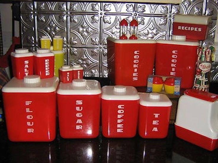 Red Nally Ware ❤ . Rote KücheKüchensetsGeschirr