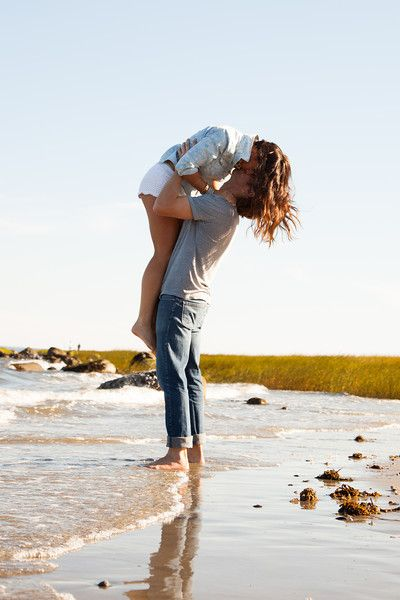 Connecticut Beach Engagement Photography | Love | Couple | Summer | Passion | Romantic