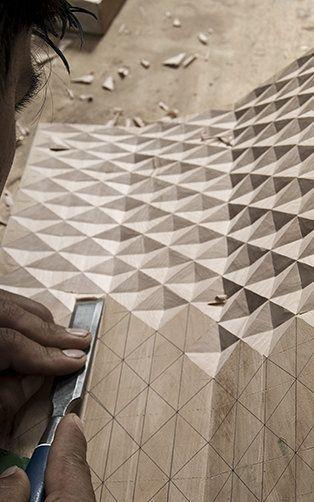 Schwedisches Design und peruanisches Handwerk treffen sich als prähistorische Aliens