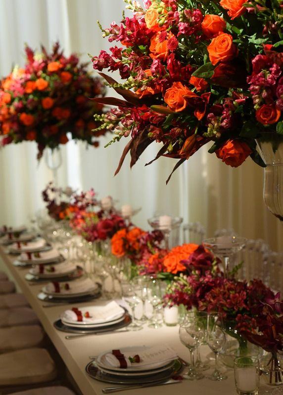 Casamento moderno: arranjos em tons quentes - Inesquecível Casamento