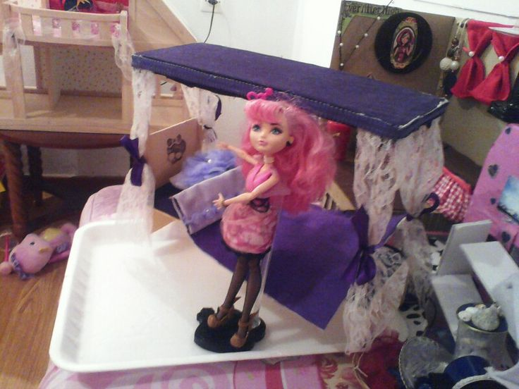 A monster high bed.. just in case we take one.. ;)