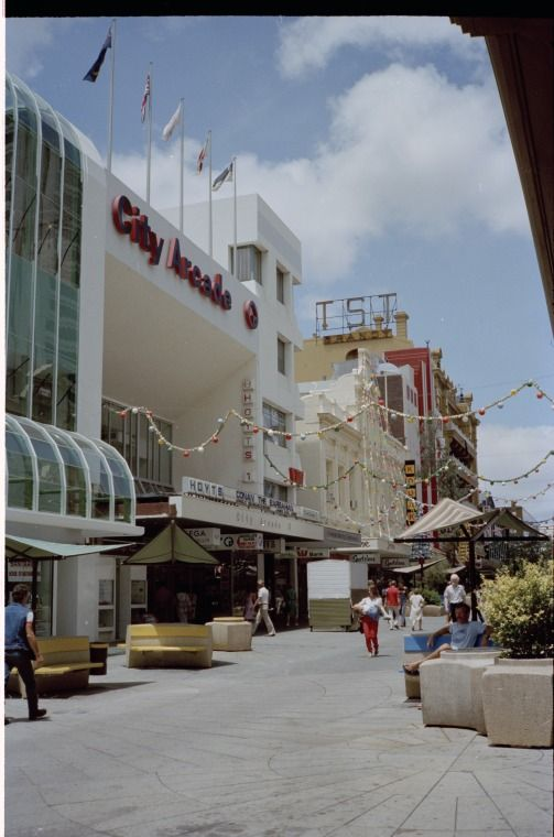 311660PD: Hay Street Mall east from City Arcade, December 1982 https://encore.slwa.wa.gov.au/iii/encore/record/C__Rb3799986