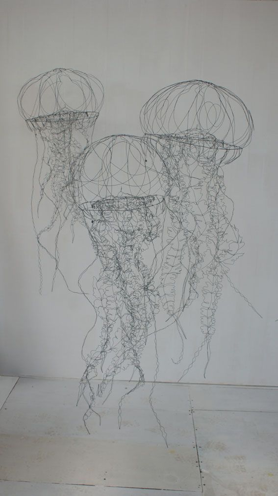 wire sculpture...Datherine Gontier