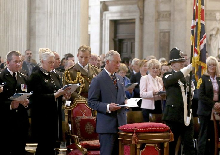 Prince Charles Photos Photos - Prince Charles, Prince of Wales attends the National Police Memorial Service at St Paul's Cathedral on September 25, 2016 in London, England. - National Police Memorial Day Service