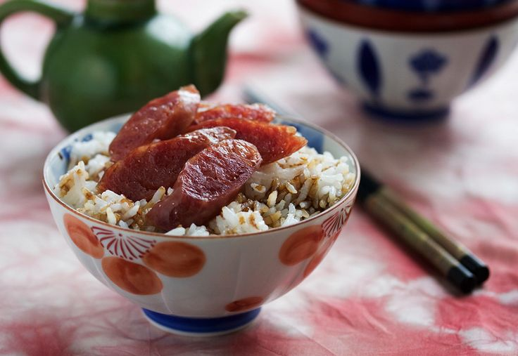 Chinese Sausage with Rice and Sweet Soy Sauce by steamykitchen: How to cook with Chinese sausage? The simplest way is to just snuggle a few links into your rice grains and they will cook up along with the rice. Once cooked, just slice and enjoy with the rice which has absorbed the tasty juices. #Chinese_Sausage #Rcie
