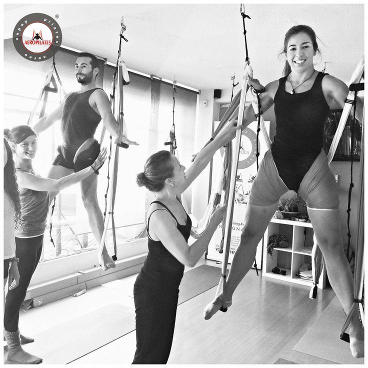 aeropilates-aprovecha-las-vacaciones-para-formarte-aero-pilates-fitness-yoga-fisio-deporte-instructor-profesor-estudio-wellness-columpio-hamaca-trapeze-espana-madrid-barcelona-coruna-vigo-bilbao-oviedo-valencia-sevilla-cursos-teacher-training-terapia #aeropilates #pilatesaereo #aeroyogs #airpilates #airyoga #aerialpilates #aerialyoga #silks #aerialsiks #aerialdance #trapeze #columpio