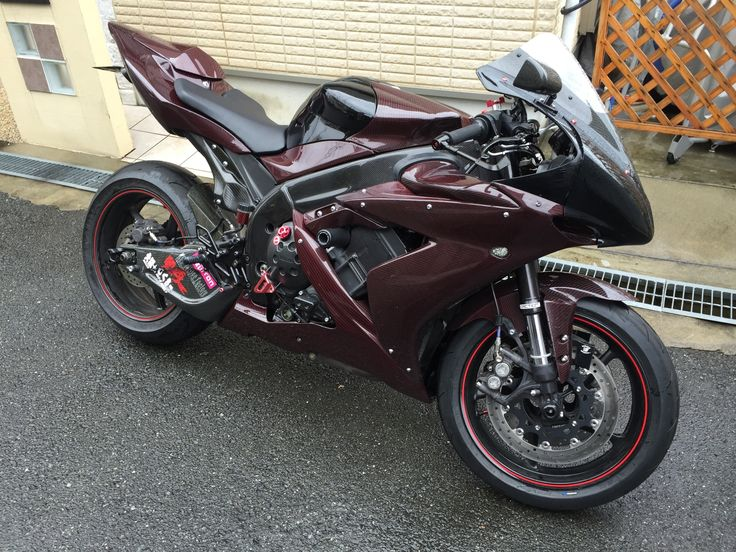 My YZF-R1 with Color carbon