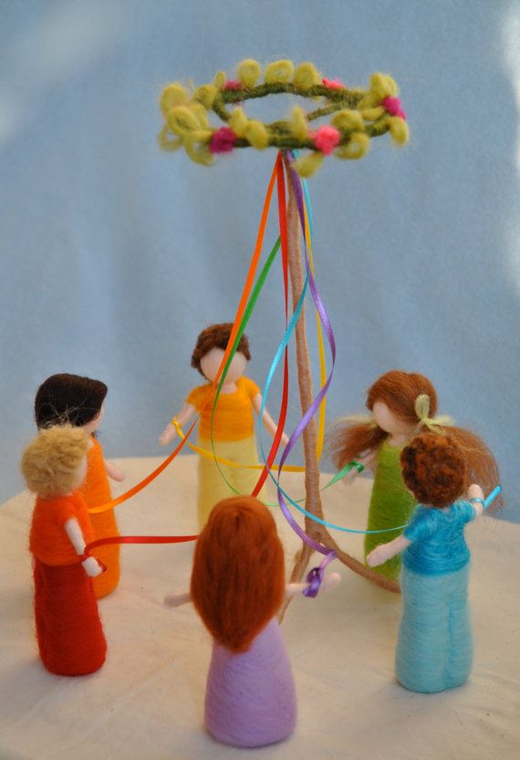 Spring Celebration Waldorf inspired needle felted dolls : The Maypole - great for spring table