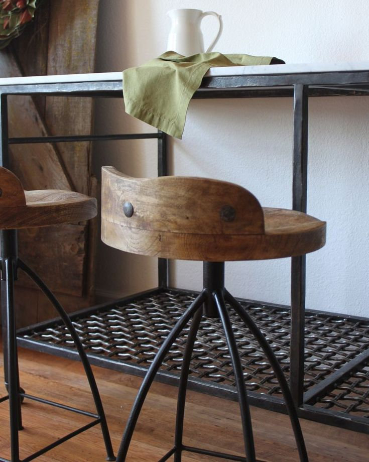 This would look great at my desk in the kitchen Diy Bar StoolsRustic Bar StoolsIndustrial