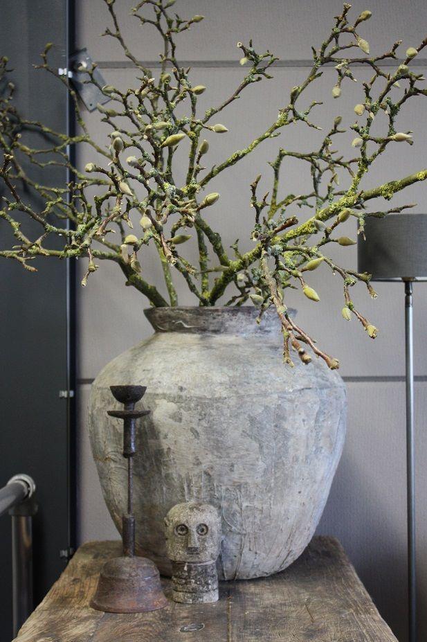 Magnolia Takken Blijft Mooi Als Decoratie In Het Voorjaar Best For Home Rustic Living By Gj Decoratie Woonkamer Decoratie Decoratie Thuis