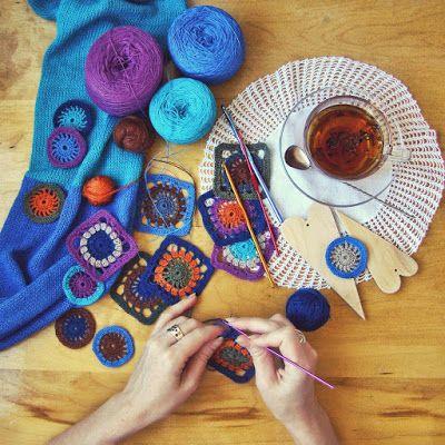 Небылицы в картинках...: Танцы с нитками    Утро синего цвета, яркое и с...