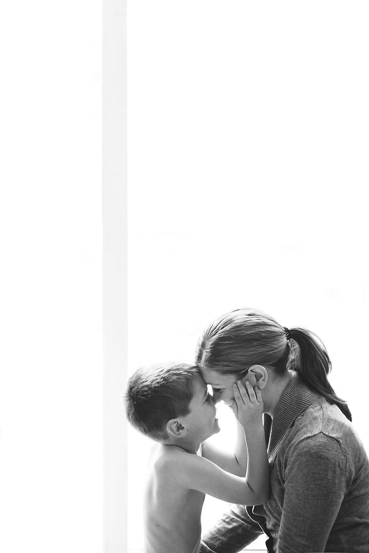 I LOVE the simplicity of this mother-son shot! White walls make natural light even better.