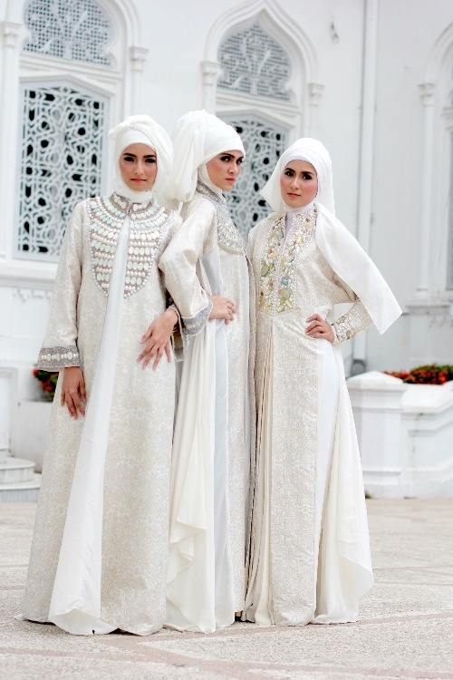 White wedding hijab