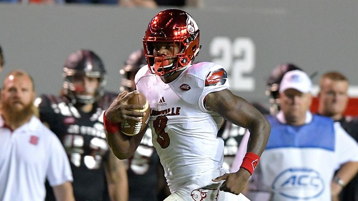 Lamar Jackson                           (Getty Photographs)                                                                                                   Lamar Jackson would have been the quickest quarterback at the NFL Combine, however he...