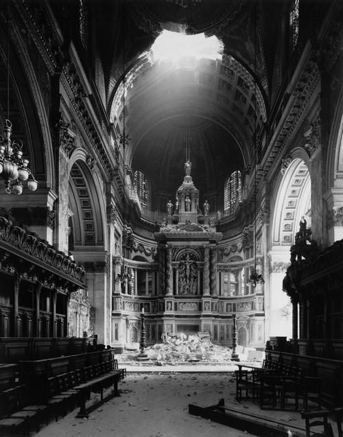 Damage to St Paul's cathedral during the blitz, 1940