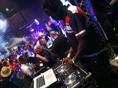 For every thing #UKG go tohttp://www.djrampam.com/ for UK Garage and House music and mixes.