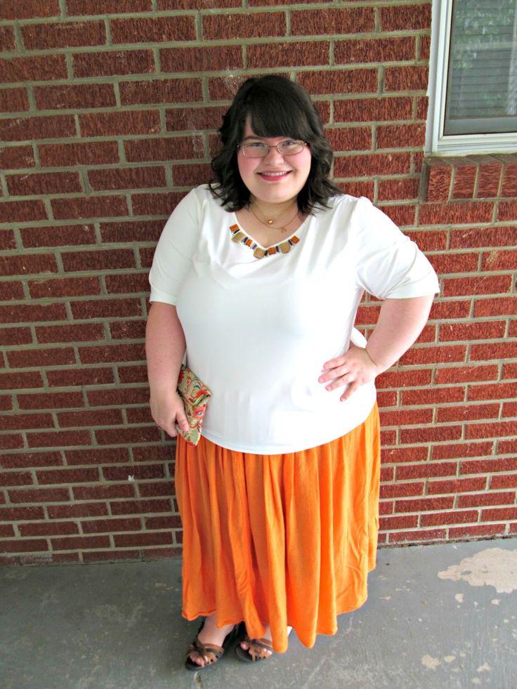 Unique Geek: Plus Size OOTD: Vintage Love #plussizefashionblogger #orangeskirt #plussizeoutfit