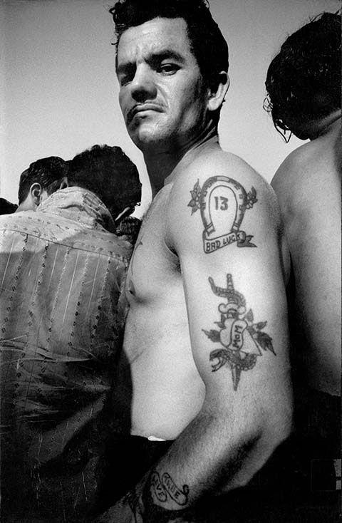 Tattooed man, Coney Island, 1990 © Harold Feinstein