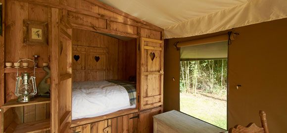 The-cabin-bed-made-up