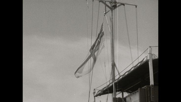 Video: INTERNERINGSKAMP BIJ AMBARAWA TE SEMARANG | INTERNERINGSKAMP BIJ AMBARAWA TE SEMARANG (ACTE 2) (1945) - Na de inscheping van evacuees op een onbekend Brits schip in een niet vermelde haven, handelt het grootste deel van deze film, van tijdcode 00.53 af, over de bevrijding met wapengeweld door Brits-Indische troepen van geeenterneerden, vnl. Europese vrouwen en kinderen en Chinese mannen, die kennelijk in Banjoebiroe gevangen zaten.