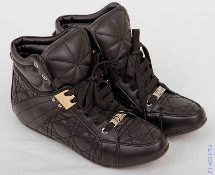 Ботинки Dior стёганные из натуральной кожи черного цвета