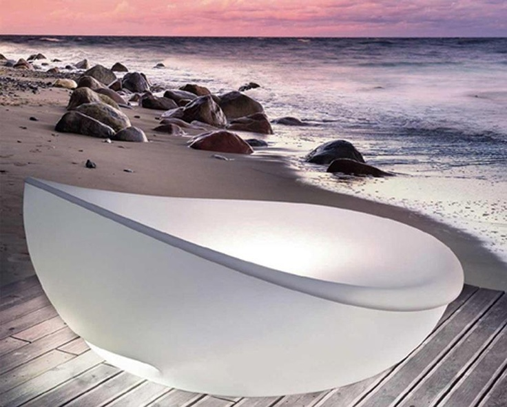 Wonderful Lagoon Daybed By Solpuri. This Stylish Bed Is Equipped With Led Lighting  And A Protective Cover That You Can Close When The Sun Is Too Harsh. Photo Gallery