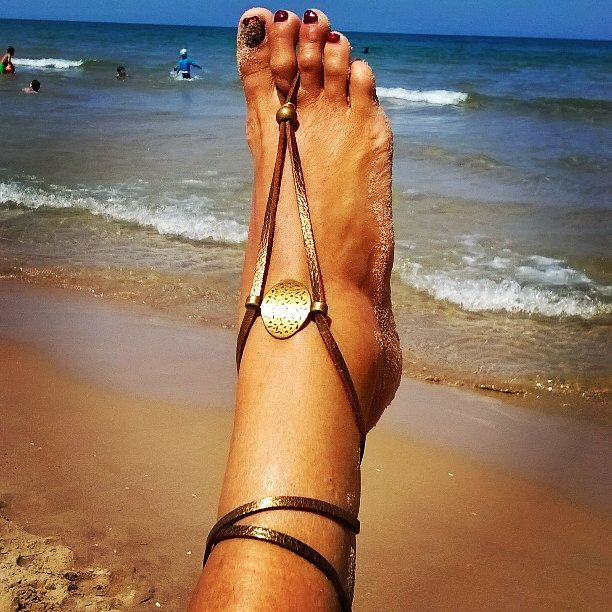 shoes footless, sandals summer, beach barefoot, sandals, tan, brown, sandals, foot jewelry, footless sandles , Sandalias, Barefoot Sandals de TexasTribu en Etsy https://www.etsy.com/mx/listing/239314614/shoes-footless-sandals-summer-beach