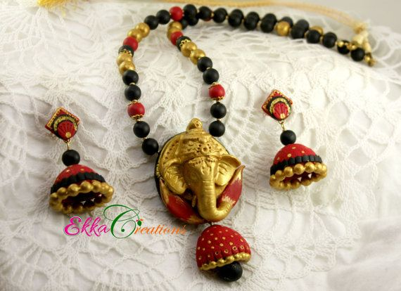 Terracotta Jewelry/Indian jewelry/Polymer clay jewelry/Ganesha Necklace set/bollywood jewelry/red and black neck set