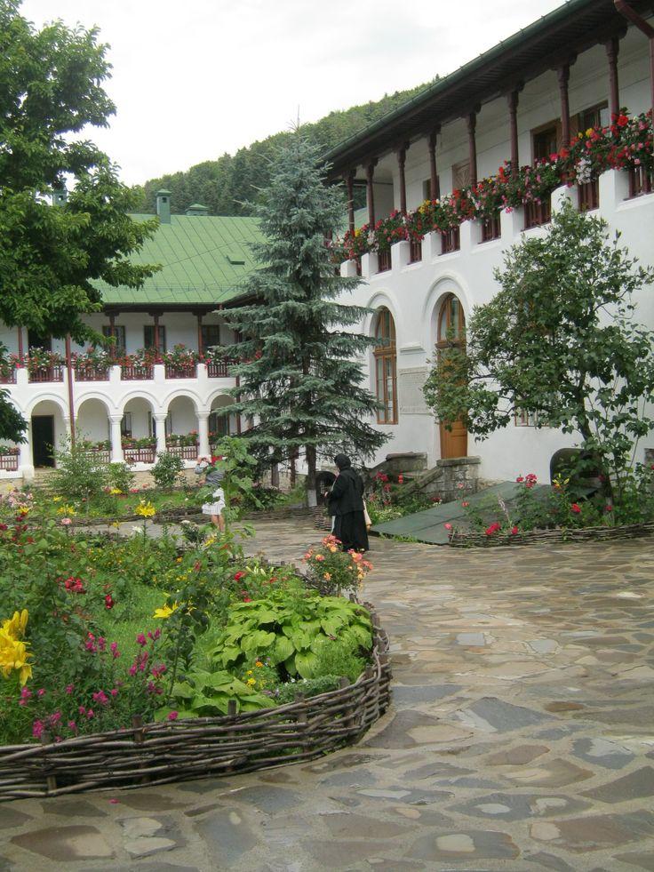 Manastirea Agapia, Neamt