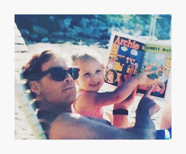 Chelsea Hamill ‏@chelseahamill  Jun 19 Happy Father's Day to one of the greatest guy I know. Been looking up to you for as long as I can remember. Love ya!  Mark Hamill