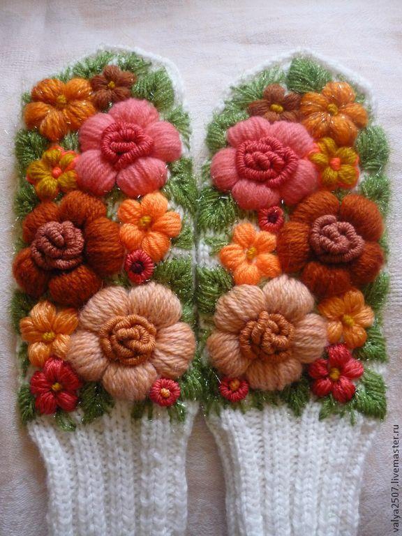 Вышивка цветов шерстью